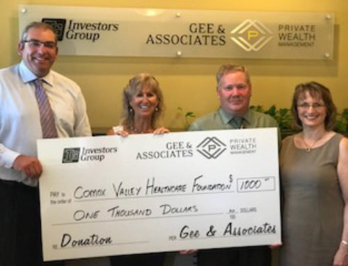 Investors Group donates $1,000 to The Comox Valley Healthcare Foundation
